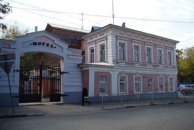 Нижний Новгород. Отель в доме купца И. М. Морёнова по улице Ильинской, 102.