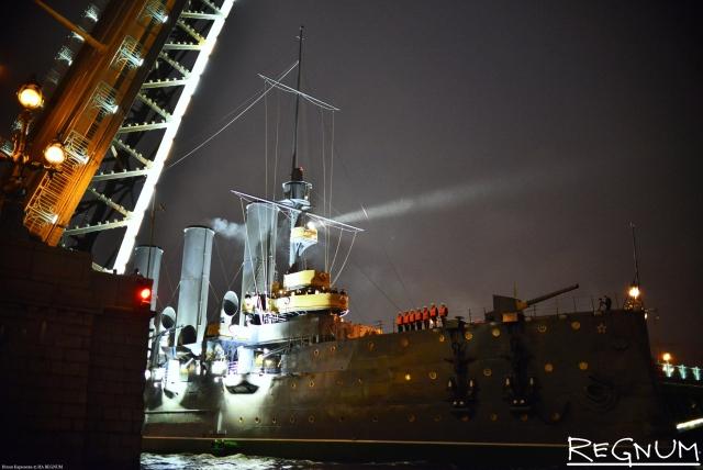 Крейсер «Аврора» получил мировое признание как туристический объект