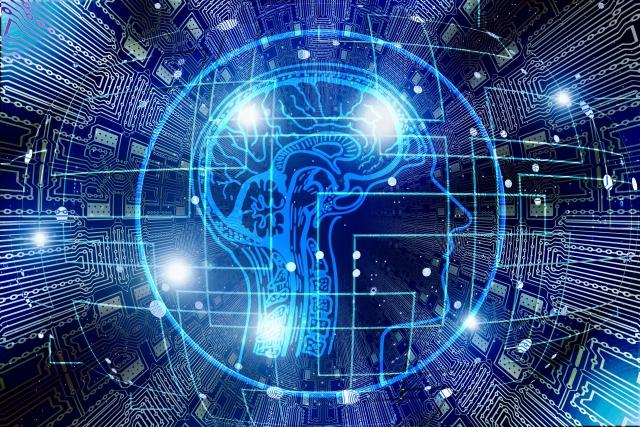 Пентагон и искусственный интеллект: на что способна бьющаяся об стекло муха
