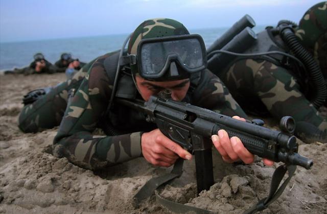 Бойцы спецназа ВМС КСИР