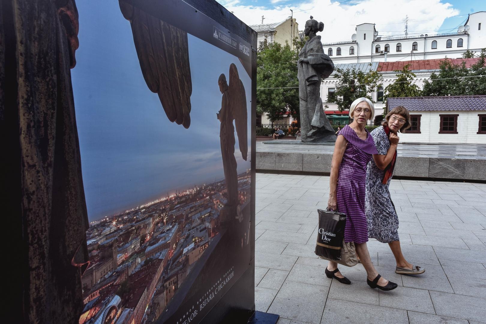 996519c73dd016 Выставка «Петербург глазами ангелов» на Сретенском бульваре