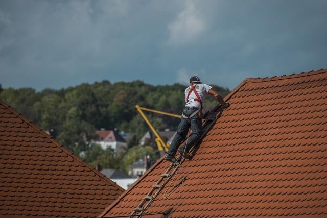 В 2019 году на ремонт петербургских крыш потратят 1,5 млрд рублей
