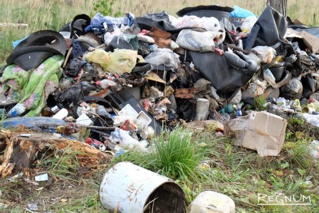Симферополь тонет в мусоре из-за старой спецтехники и плохой логистики