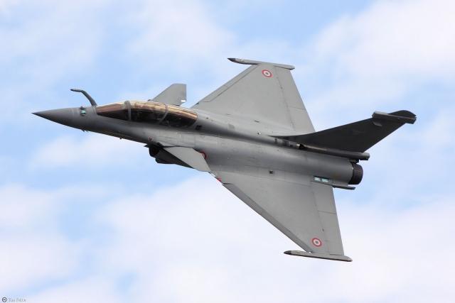 В Индии разгорается скандал вокруг закупки французских истребителей