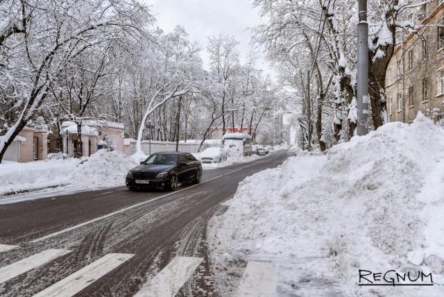 Беспилотный автомобиль для зимних дорог планируют создать в России