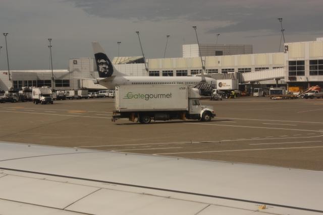 Стали известны подробности угона лайнера Alaska Air в Сиэтле