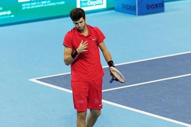 Хачанов проиграл Надалю в полуфинале Masters в Торонто