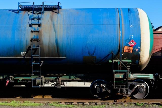 На юге Румынии с рельсов сошел поезд, перевозивший нефтепродукты