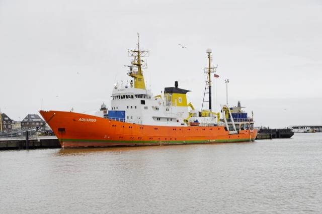 Судно Aquarius с мигрантами на борту прибыло в порт Мальты