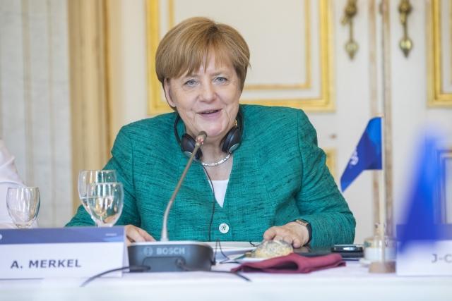 Ангела Меркель и папа Франциск обсудили проблемы Церкви и Евросоюза