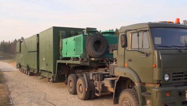 Боевой лазерный комплекс в походном положении