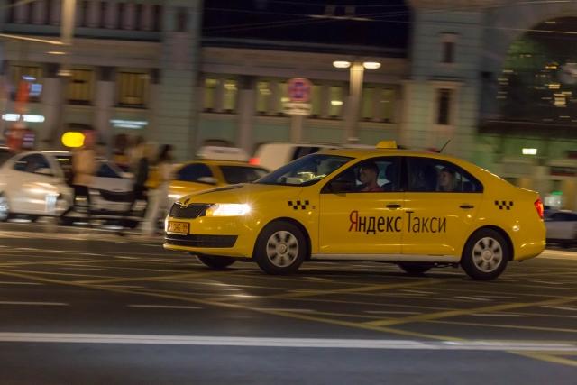 В Москве спор таксиста с пассажиром закончился переломом челюсти
