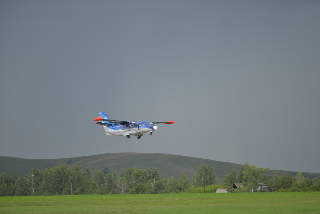 Самолёт Сибирской авиакомпании («СиЛА») L-410, который выполняет рейс по маршруту Горно-Алтайск – Новосибирск