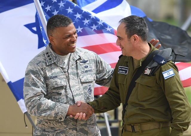 Солдаты США и Израиля