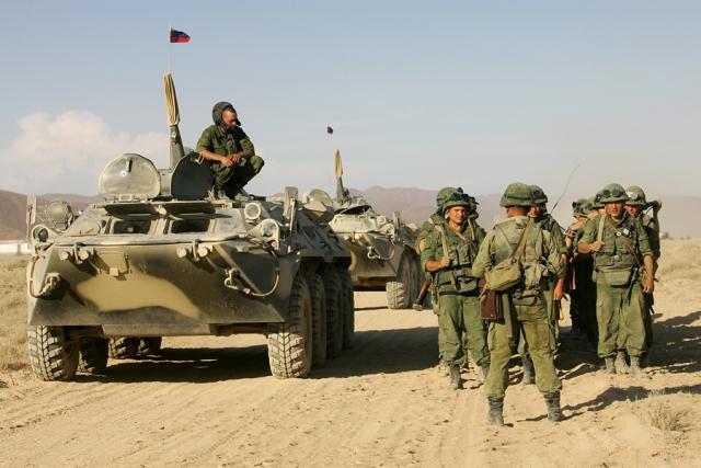 Песков: затраты на военные учения оправданы