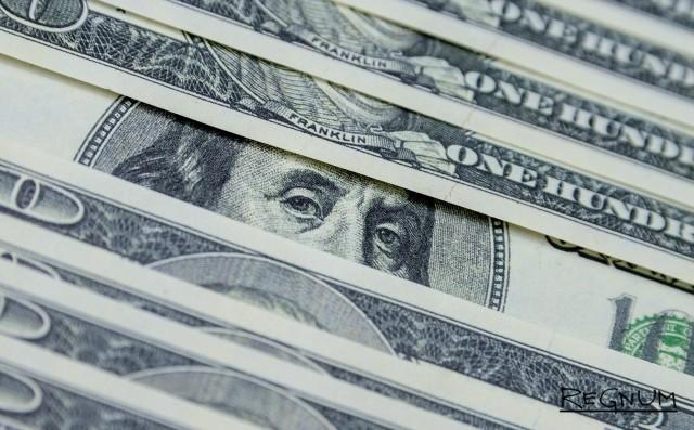 Эксперт: Американские санкции подрывают гегемонию доллара