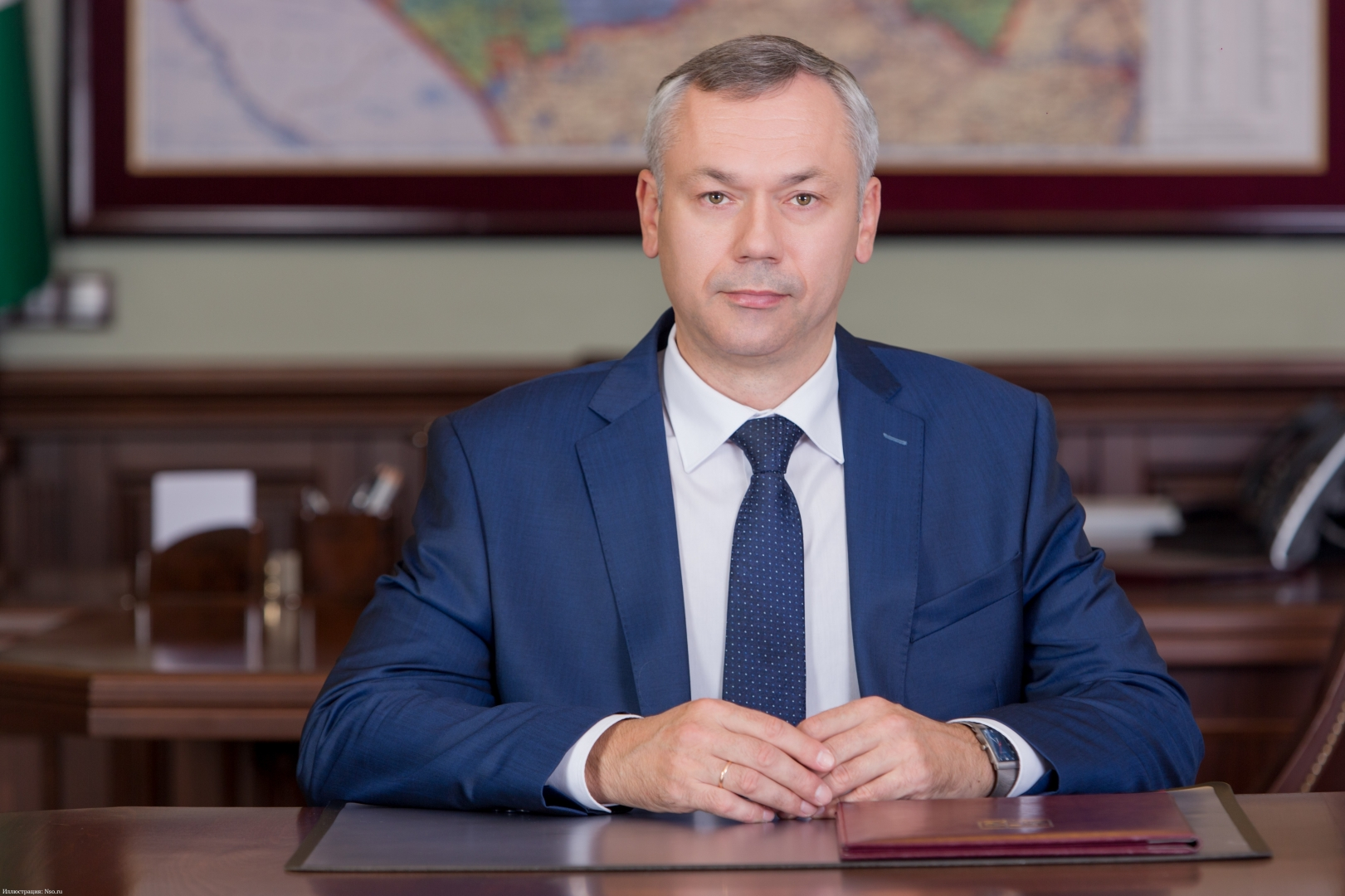 фото главы администрации новосибирской области строгими формами