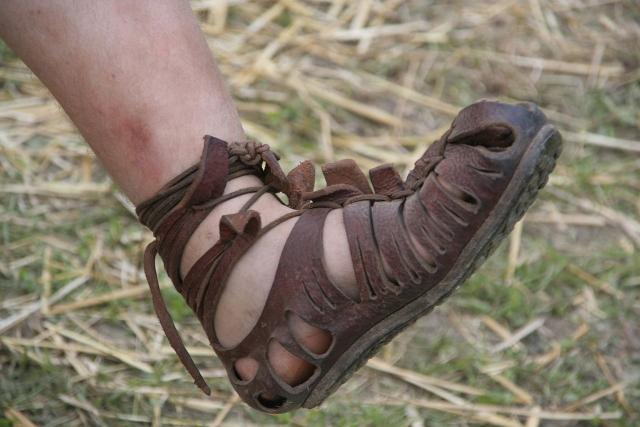 Римская калига. По названию этой обуви Калигула получил своё прозвище