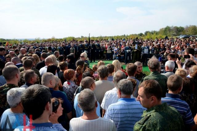 МВД ДНР: Прощание с Захарченко в Донецке прошло без нарушений порядка