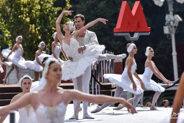 Театры мира представят в Москве в День города грандиозную Уличную программу