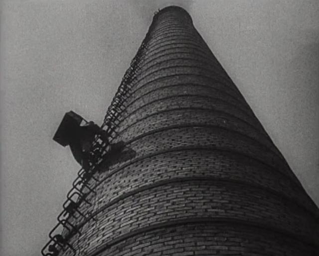 На Красноярской ТЭЦ-1 начали строить высокую дымовую трубу
