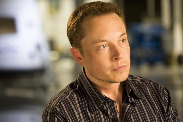 «Надо было дома дуть!» — непристойное поведение Маска обрушило акции Tesla