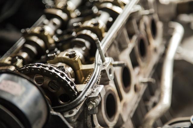 Половина проданных в России автомашин имеет объем двигателя от 1,4 до 1,6