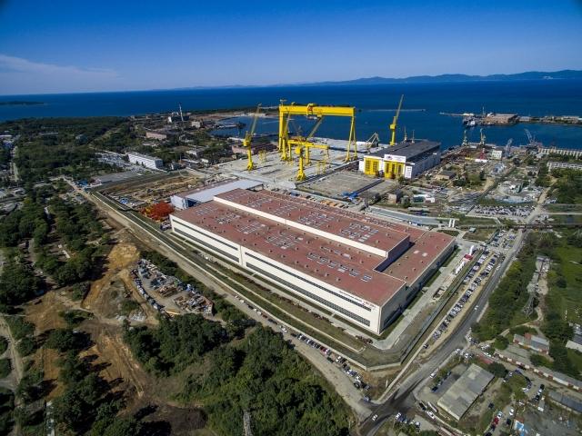 Мантуров не исключил строительство ледокола «Лидер» на верфи «Звезда»