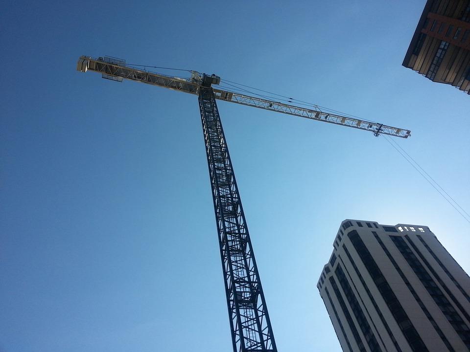 Высотное строительство. Башенный кран