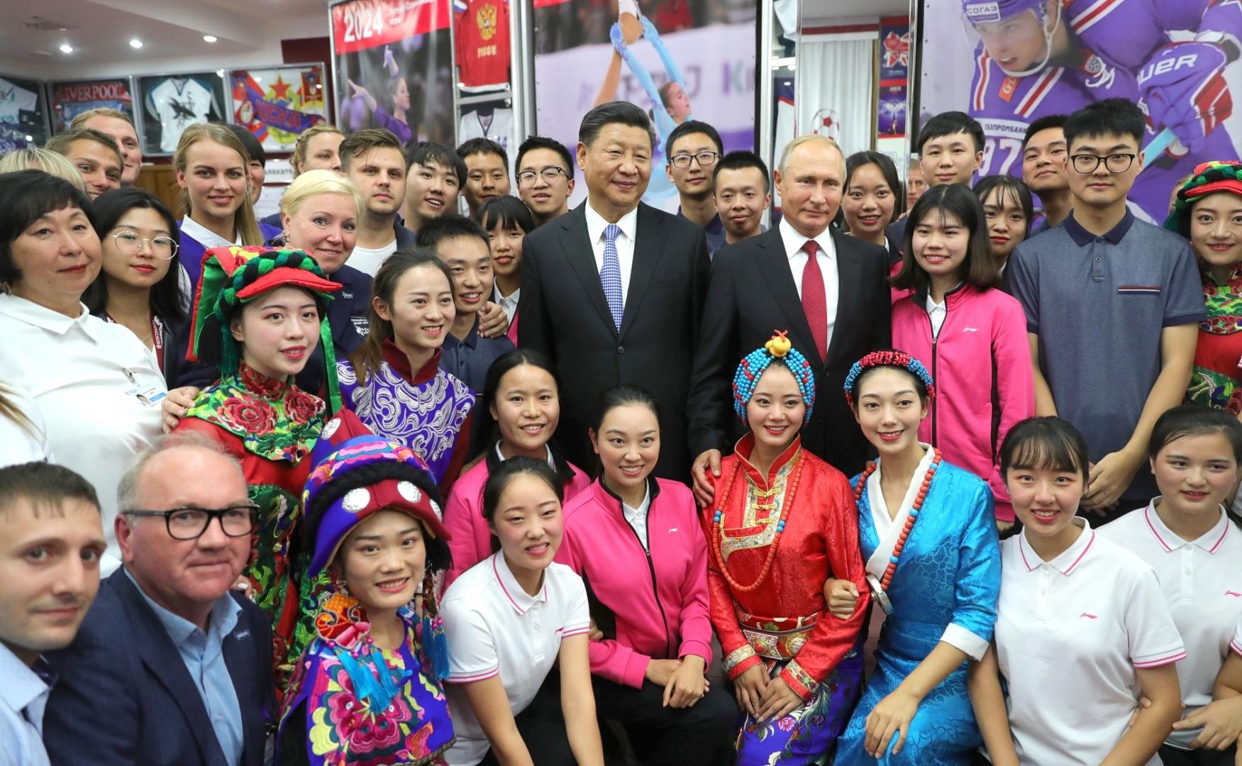 Владимир Путин и Си Цзиньпин во время посещения Всероссийского детского центра «Океан». 12 сентября 2018 года, Владивосток