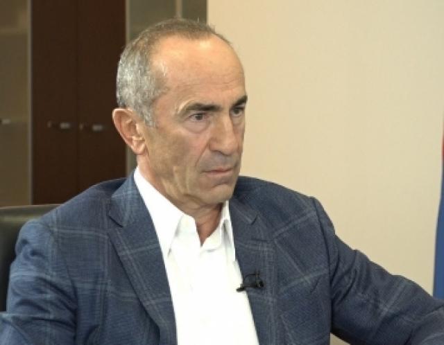 Экс-президент поздравил народ Армении «с новым диктатором»