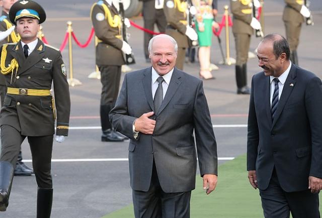 Лукашенко убыл в Узбекистан: повестка переговоров прежняя