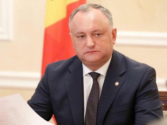Президент Молдавии Додон не поехал на встречу с Козаком