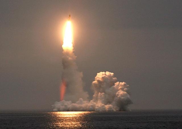 Пуск крылатой ракеты «Калибр»