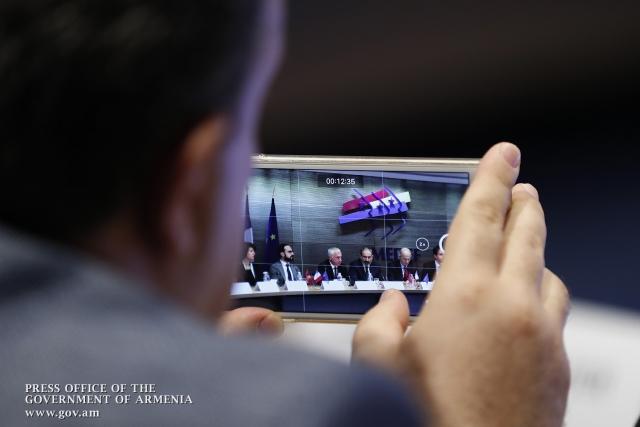 Премьер Армении заявил о необходимости экономической революции