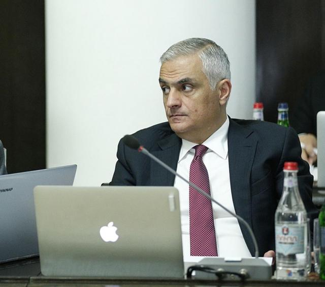 Вице-премьер Армении заявил об актуальности внедрения единой валюты ЕАЭС
