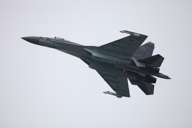 ВКС РФ на учениях «Восток-2018» перехватили самолеты условного противника