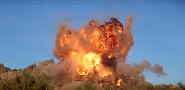 Здание правительства в Сомали пострадало после взрыва