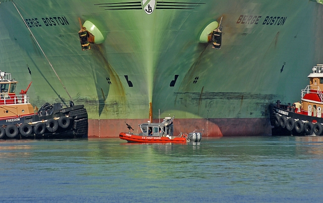 Американский газовый танкер Berge Boston