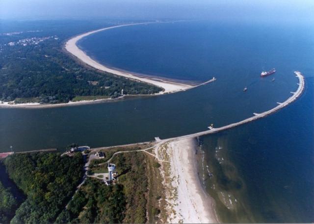 Устье реки Свина в Балтийском море. Свиноуйсьце. Польша