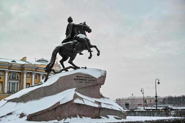 Петербургу обещана холодная осень и обычная зима