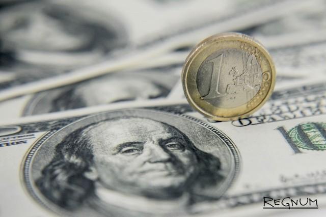 Сбербанк объяснил сокращение валютных депозитов
