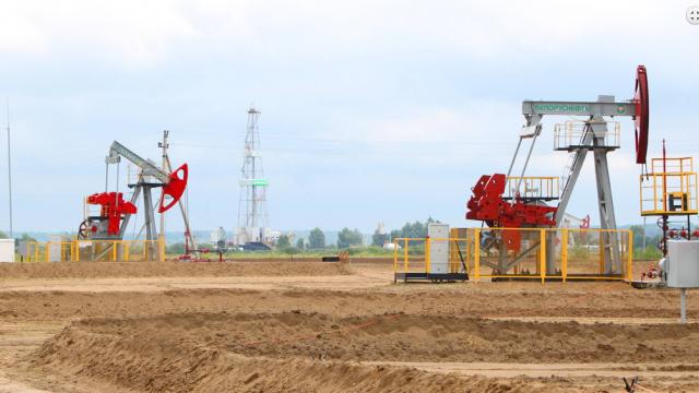 Месторождения «Белоруснефти». Буровая установка и штанговые глубинные насосы