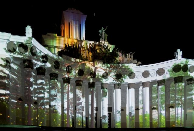 Фестиваль «Круг света» в первый день посетили около 15 тысяч человек
