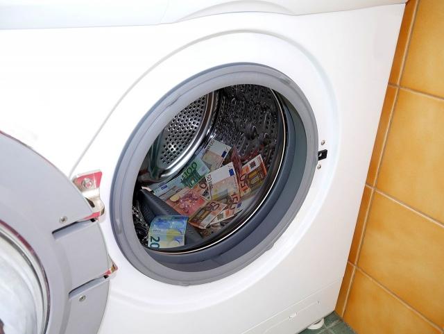 Отмывание денег в Прибалтике: Браудер, Danske и Великобритания