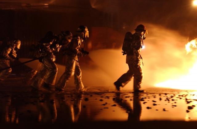 В городе Сумы возник масштабный пожар на газопроводе