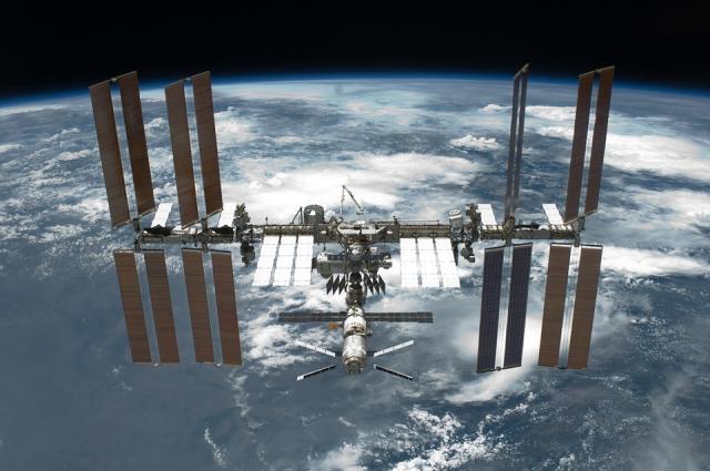 Глава NASA: Наши специалисты участвуют в расследовании утечки на МКС