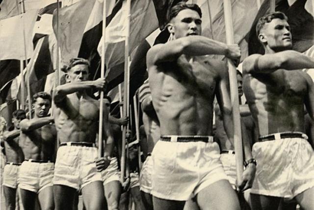 Парад физкультурников. Москва, СССР, 1956