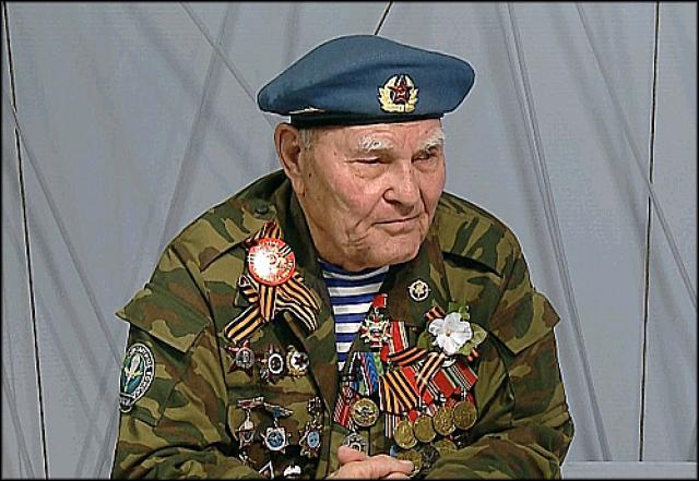 Самый пожилой десантник из Красноярска попал в Книгу рекордов России