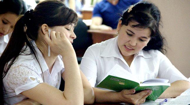 Школьники Узбекистана